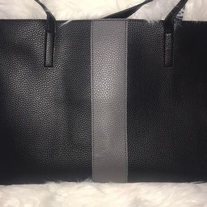 Vince Camuto luck tote in black